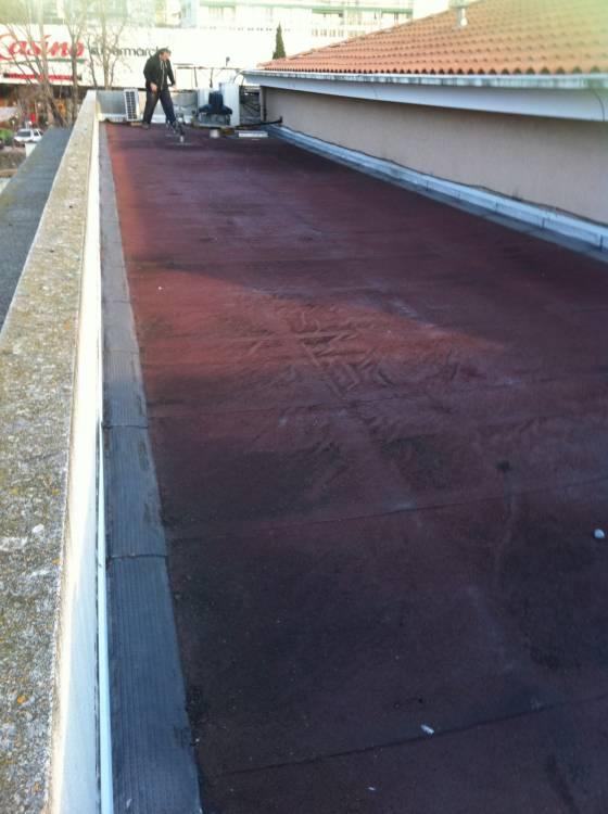 r alisation d 39 une tanch it sur un toit terrasse marseille la rose entreprise tanch it. Black Bedroom Furniture Sets. Home Design Ideas